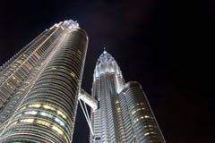 De TweelingTorens van Petronas bij Nacht Royalty-vrije Stock Foto's