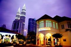 De TweelingTorens van Petronas en MATIC Stock Fotografie