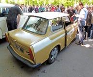 De tweetakt- motor retro auto Trabant 601 Limousine S van Oost-Duitsland royalty-vrije stock afbeelding