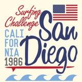 De typografie van Californië San Diego, het ontwerp van de t-shirtdruk, Etiket van Applique van het de Zomer het vectorkenteken Royalty-vrije Stock Foto's