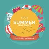 De typografie van de de zomervakantie met de Vlakke pictogramzomer Stock Afbeelding