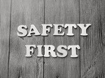 De Typografieconcept van veiligheids Eerste Woorden stock afbeelding