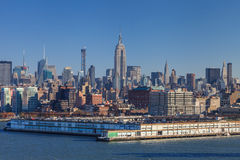 De uit het stadscentrum horizon van Manhattan stock foto's
