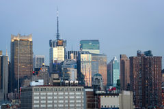 De uit het stadscentrum stedelijke horizon van Manhattan Royalty-vrije Stock Afbeelding