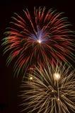 De uitbarsting van het vuurwerk stock foto's
