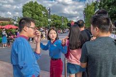 De Uitdrukkelijke Parade van het Mickey'sverhalenboek in Shanghai Disneyland in Shanghai, China royalty-vrije stock fotografie