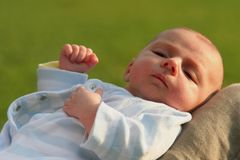 De uitdrukking van de baby stock afbeelding