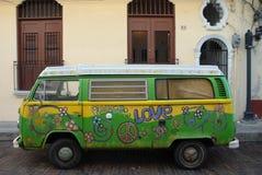 De uitdrukking van de liefde. De Bestelwagen van de hippie Royalty-vrije Stock Foto