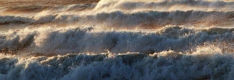 De uiterst ruwe Atlantische Oceaan Royalty-vrije Stock Foto