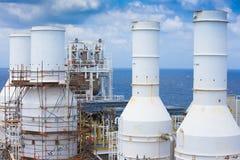 De uitlaat van de gasturbine van de motor van de gascompressor van olie en gas de productieindustrie stock foto