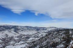 De Uitlopers van Colorado onder de Winter` s Deken Stock Foto