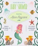 De uitnodiging van de babydouche met meermin, mariene planten en dieren Beeldverhaal overzeese flora en fauna in waterverfstijl Stock Afbeelding