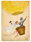 De uitnodiging van het huwelijk Grappige bruid en bruidegom op luchtballon Royalty-vrije Stock Afbeelding
