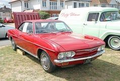 De uitstekende auto van Chevrolet corvair Stock Foto's