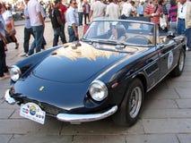 De uitstekende auto van de sportcoupé Stock Foto's