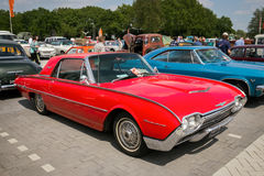 1962 de uitstekende auto van Ford Thunderbird Hardtop Royalty-vrije Stock Afbeeldingen