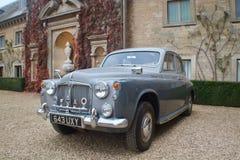De Uitstekende Auto van het Beltonhuis stock foto