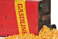 De uitstekende benzine van de brandstofcontainer of graanethylalcohol Stock Afbeeldingen