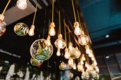 De uitstekende bol van Edison lidht, close-up Royalty-vrije Stock Foto's