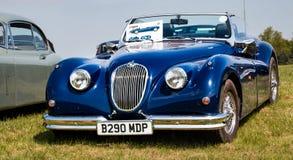 De uitstekende convertibele auto van Jaguar stock afbeelding