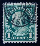 de uitstekende die postzegel in de V.S. wordt gedrukt toont Benjamin Franklin, circa 1922 Stock Foto
