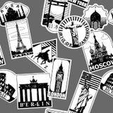 De uitstekende document oriëntatiepuntenreis etiketteert naadloos patroon backgroun Stock Foto