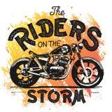 De uitstekende druk van de Motorfietshand getrokken t-shirt Stock Foto's