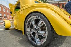 De uitstekende Gele buitenkant van autodetails Royalty-vrije Stock Foto