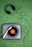 De Uitstekende grammofoon van hoofdtelefoons stock fotografie