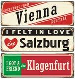 De uitstekende inzameling van metaaltekens met de steden van Oostenrijk vector illustratie