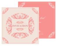 De uitstekende kaart van de huwelijksuitnodiging met bloemen en antieke decoratieve elementen Royalty-vrije Stock Afbeeldingen