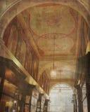 De uitstekende Muurschildering van het Wandelgalerijplafond Royalty-vrije Stock Afbeeldingen