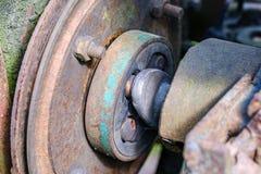 de uitstekende retro tractor roestige details sluiten omhoog royalty-vrije stock afbeeldingen