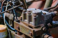 de uitstekende retro tractor roestige details sluiten omhoog royalty-vrije stock foto's