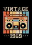 De uitstekende verontruste kleding van de boombox retro affiche van 1969 stock illustratie