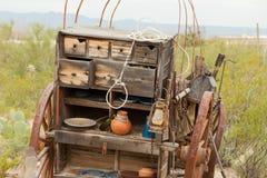 De uitstekende westelijke kar van het de keukenpaard van de pionierswagen Stock Afbeeldingen