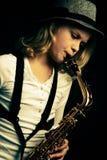 De uitvoerder van de saxofoon Stock Fotografie