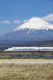 De ultrasnelle trein van Japan shinkansen Stock Foto's