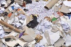 de un envase de reciclaje de papel Imágenes de archivo libres de regalías
