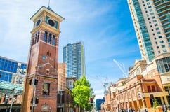 De Universiteit van Technologie, Sydney UTS en bibliotheek met iconische klokketoren wordt gevestigd in Haymarket, Chinatown stock foto