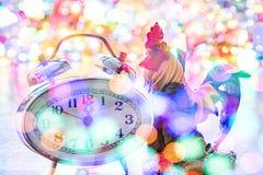 De uren van het nieuwjaarklatergoud Stock Afbeeldingen