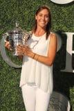 De US Open 2015 Kampioen Flavia Pennetta woont het US Open van 2016 bij Openend Nacht royalty-vrije stock afbeelding