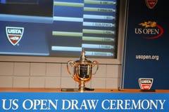 De US Openmensen kiest trofee uit bij het US Open van 2014 wordt voorgesteld trekken Ceremonie die Royalty-vrije Stock Foto