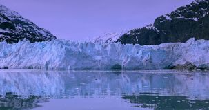 De V.S., Alaska, het Nationale Park van de Gletsjerbaai, Wereldnatuurlijk erfgoed stock footage