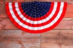 De V.S. vierde van de patriottische rozet van Juli stock afbeeldingen