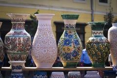 De Vaas van de aardewerkverkoop Royalty-vrije Stock Afbeeldingen