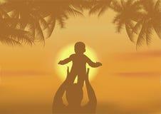 De vader en de zoon die op een strand spelen Royalty-vrije Stock Fotografie