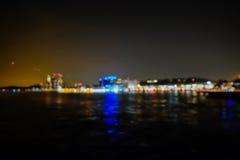 De vage achtergrond van stadslichten bokeh Royalty-vrije Stock Afbeeldingen