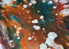 De vage tinten van waterverf bruine zilveren vlekken De abstracte achtergrond van de verfwaterverf royalty-vrije stock fotografie