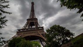 De vage Toren van Eiffel stock video